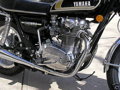 yamaha_1975_xs650_03