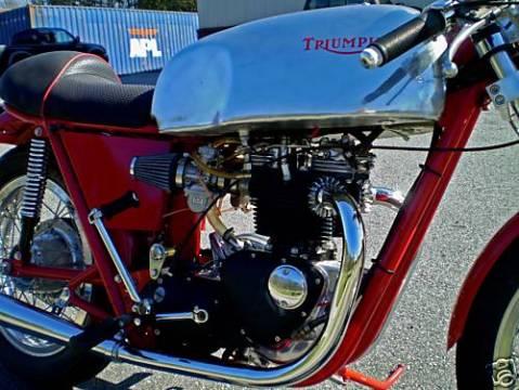 triumph_t140v_750_1973_cr_03