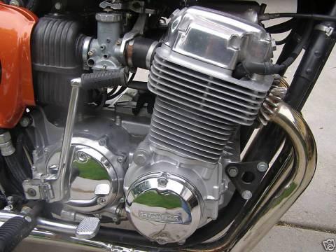 1975 Honda CB750 Cafe Racer 03