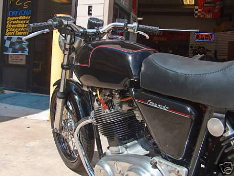Norton Commando 850 1978 Cafe Racer 02