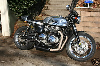 triumph bonneville t100 2005 cafe racer 02