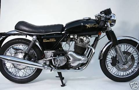 Norton Commando 1974 MKII Roadster 850 02