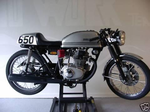 Honda CB200 1975 CR 01