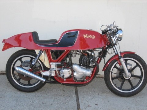 Norton 750 Commando Gus Kuhn Cafe Racer 013
