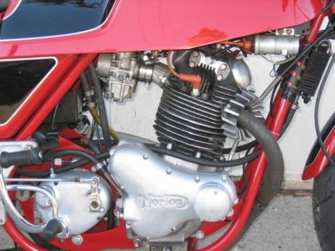 Norton 750 Commando Gus Kuhn Cafe Racer 016