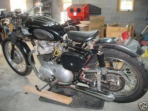 Triumph Thunderbird 1961 0012