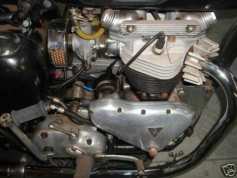 Triumph Thunderbird 1961 0013